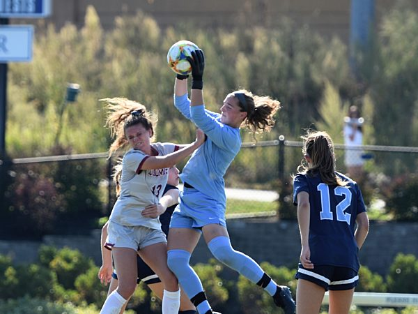 Soccer GV vs. Loomis